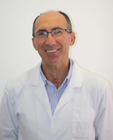 clinica-dental-antonio-perez-bas-equipo-medico